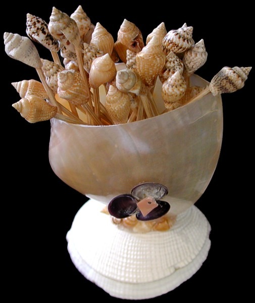 Polished Oyster Bowl with Tooth Picks